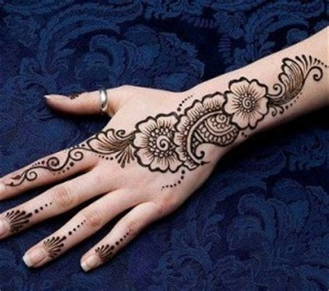 simple and adorable arabic henna designs step by step images pictures easy mehndi designs for hands step by step www pixshark