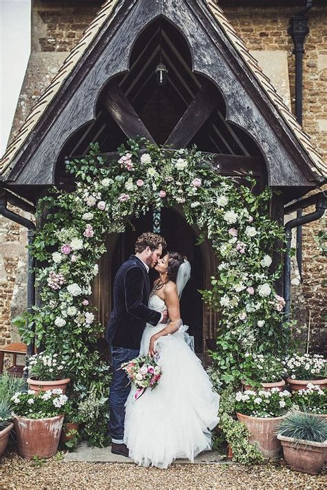 Best 25  Rustic church wedding ideas on Pinterest   Simple