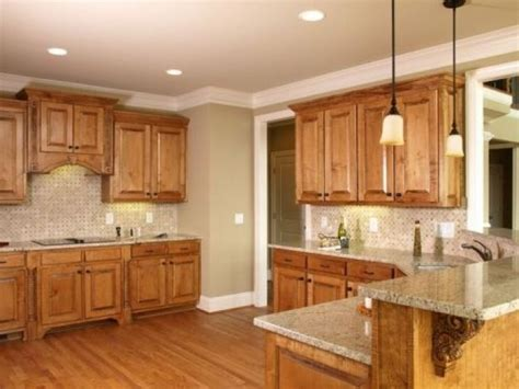 paint colors for kitchens with oak cabinets
