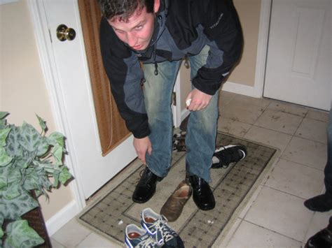 take shoes off in house vermonters hate these things