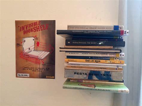 Etalase Rak Buku etalase rak buku tak kasat mata invisible bookshelf