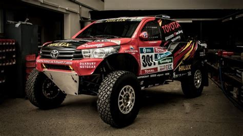 truck rally toyota reveals hilux evo racing truck for 2017 dakar rally