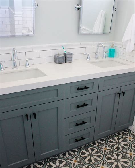 bathroom vanity backsplash ideas best 25 vanity backsplash ideas on bathroom