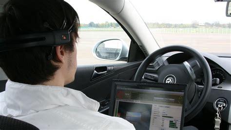 Auto Ohne T V Fahren by Fahren Ohne Lenkrad Und Gaspedal Hirnstr 246 Me Steuern Auto