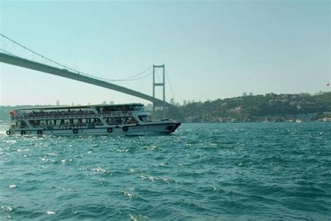 boat trip istanbul bosphorus cruise two continents tour