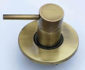 rubinetto miscelatore rubinetto miscelatore ad incasso in ottone per doccia