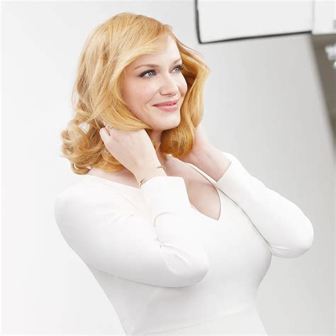 Easy Christmas Decorating Ideas Home by Christina Hendricks Makeup Celebrity Beauty Secrets