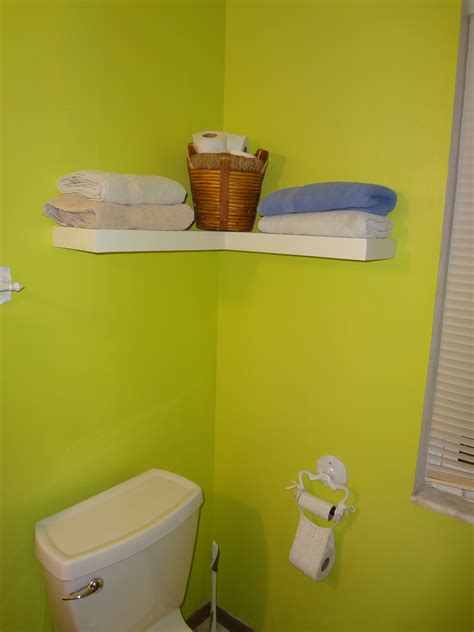 How To Build A Floating Corner Shelf by White Floating Corner Shelf Diy Projects