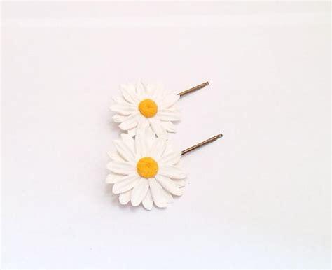 Wedding Hair Accessories Daisies by Daisies White Hairpin Big Daisies Hairpin Daisies Hair