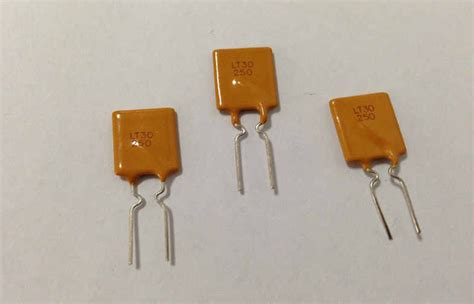 ptc thermistor fuse dip 30v 2 5a pptc resettable fuse polyswitch ptc devices for current protective