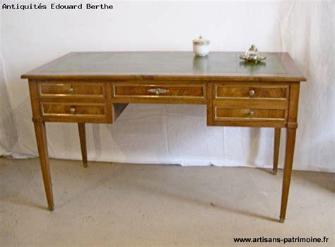 bureau style louis xvi bureau plat de style louis xvi artisans du patrimoine