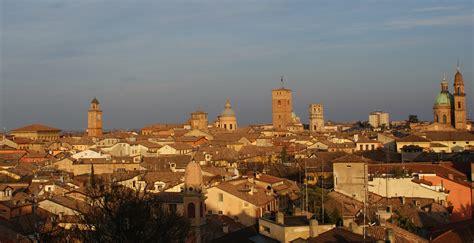 reggio emilia file reggio emilia profilo panorama jpg wikimedia commons
