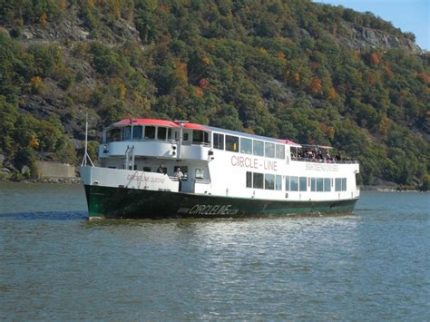 boat ride from nyc to bear mountain fall day trip or romantic weekend getaway perfect plans