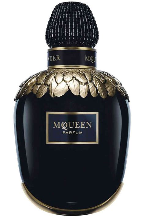 Most Fabulous Perfumes For Winter by New Winter Perfumes Best Fragrances And Scents For Winter