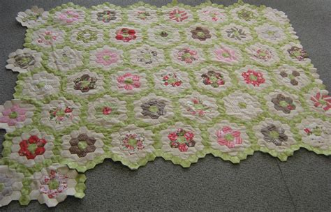 Grandmother S Flower Garden Quilt Grandmother S Flower Garden