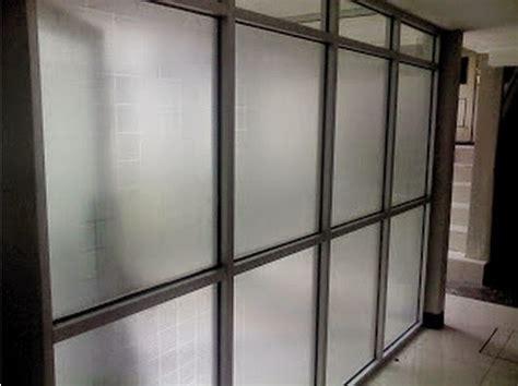 sekat ruang kantor  aluminium minimalist art