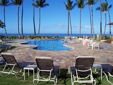 the beachfront pool at the wailea ekahi village oyster com maui wailea ekahi village condo rental 20e vacation