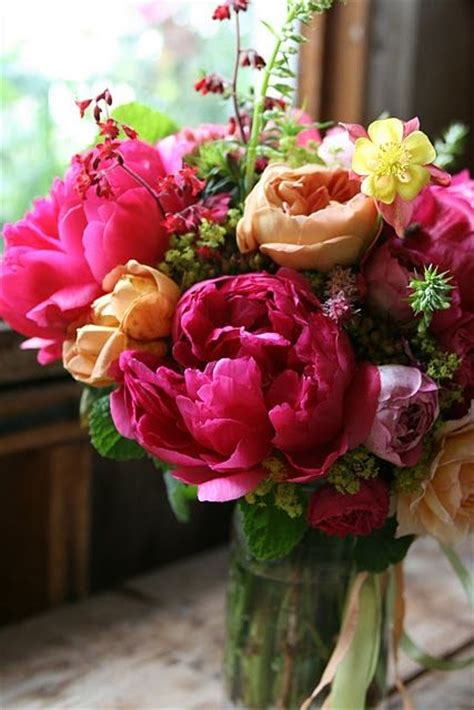 gorgeous flower arrangements 1000 ideas about summer flower arrangements on pinterest