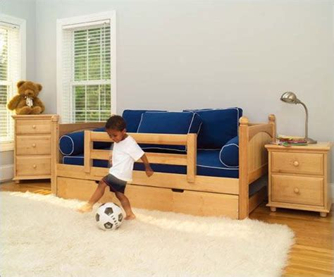 toddler bed with trundle 25 best ideas about twin bed with trundle on pinterest twin trundle bed trundle