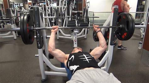 bench press 225 lbs 225 lbs bench press for 100 reps youtube