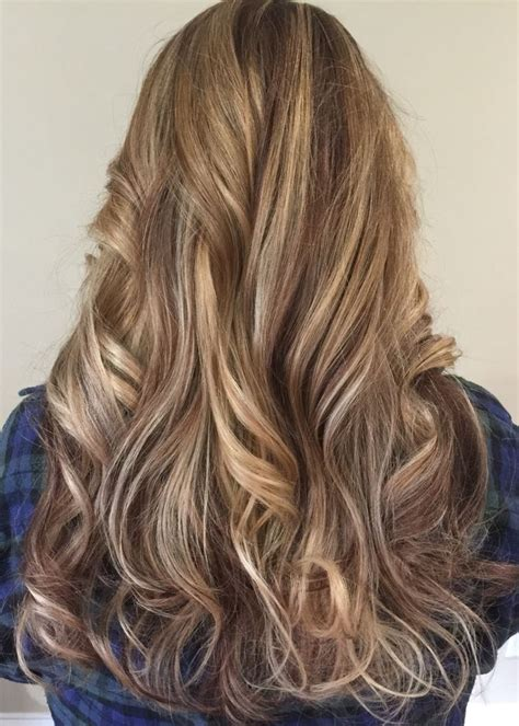 blonde hair with mocha blonde highlights against mocha color hairstyles