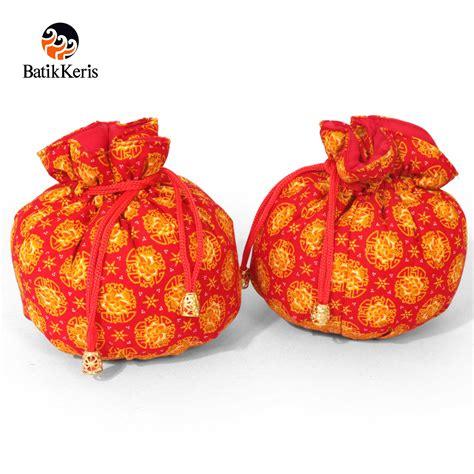 Serut Motif dompet serut bulat motif wangi bunga batik keris