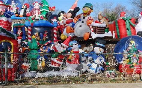 obnoxious christmas blowups ten signs you ve overdone the decorating