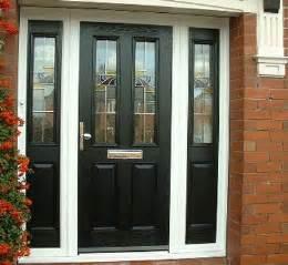 Exterior Front Doors Uk 25 Best Ideas About Black Front Doors On Paint Doors Black Black Door And Black