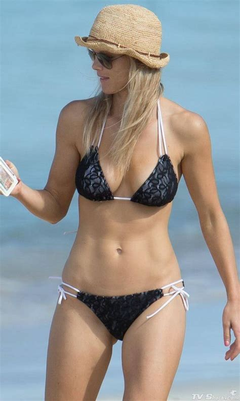 Top 10 Pictures Of Christmas Trees For Christmas Day Elin Nordegren Wearing Black Lace My Idolzzz