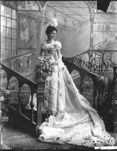 Great Expectations Victorian Themes   125 best images about miss havisham great expectations
