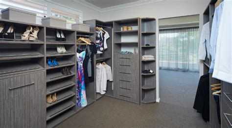 the benefits of custom designed perth wardrobes flexi