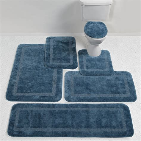 Rug In Bathroom Light Blue Bathroom Rugs Rugs Ideas