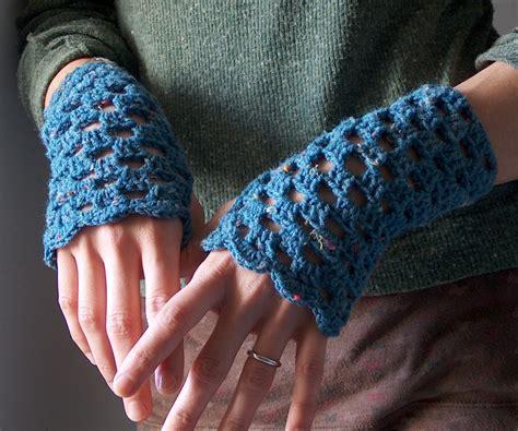 free pattern wrist warmers 17 fingerless gloves crochet patterns guide patterns