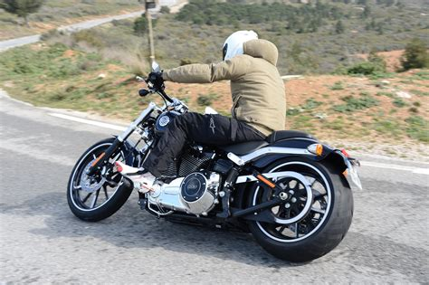 low top motorcycle top 10 lowest motorcycle seat heights visordown