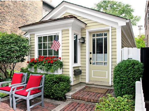 wonder cottage or granny pod these 12 amazing granny pod ideas make a charming addition