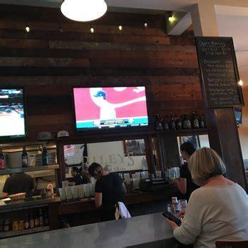 table pizza belmont shore s belmont shore 197 photos 331 reviews burgers