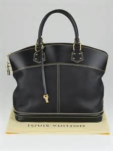 Louis Vuitton Suhali Lockit Mm by Louis Vuitton Black Suhali Leather Lockit Mm Bag Yoogi S