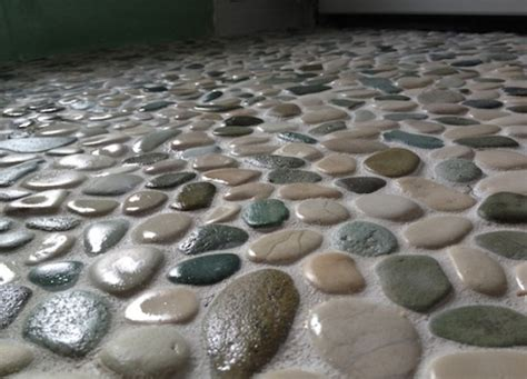 Pebble Stone Flooring for The Attractive and Innovative