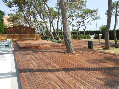 Leroy Merlin Revetement De Sol 2126 rev 234 tement en bois pvc et b 233 ton ipe by ravaioli legnami