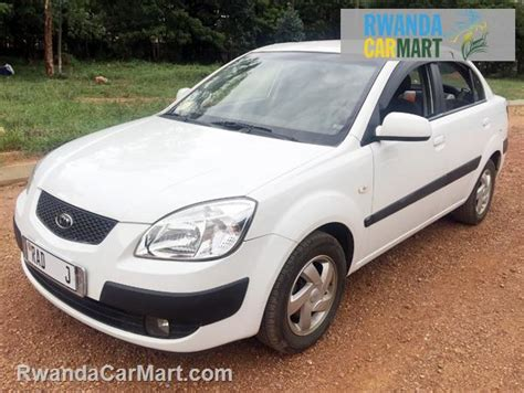 Kia Pride Accessories Used Kia Mid Sized Sedan 2005 2005 Kia Pride Lx Rwanda
