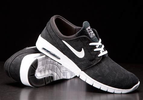 Best Seller Nike Janoski nike sb stefan janoski max black white wave 174