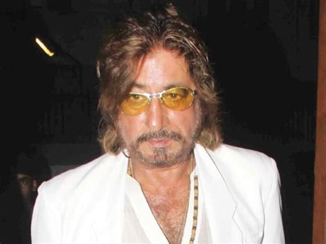 express newspaper paps outraged by shakti kapoor s