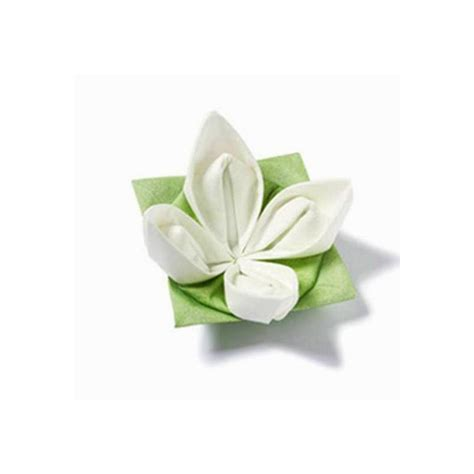 Serviette Origami - decoration de table serviettes intiss 233 origami fleur blanche