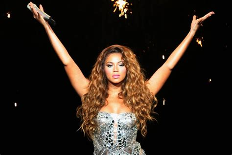 beyonce yes beyonc 195 169 from quot dreamgirl quot to quot wonder woman quot afterellen