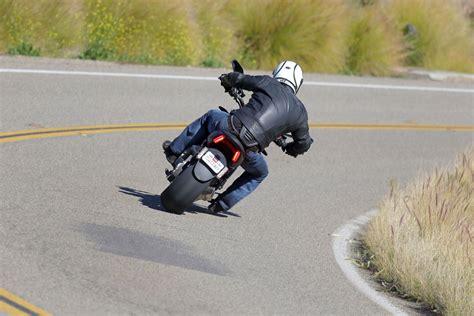 Motorrad Online Shop Test by Ducati Xdiavel Und Xdiavel S 2016 Test Motorrad Fotos