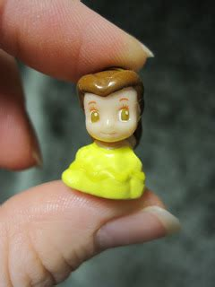 Never Grow Up: A Mom's Guide to Dolls and More: Disney Princess Squinkies!! :)