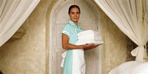 the housekeeperz hotel maid confesses about what really goes on when your