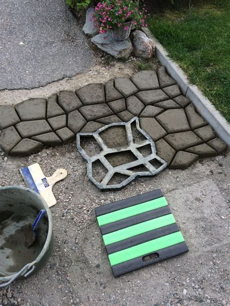 concrete molds diy diy driveway paving pavement mold patio concrete stepping