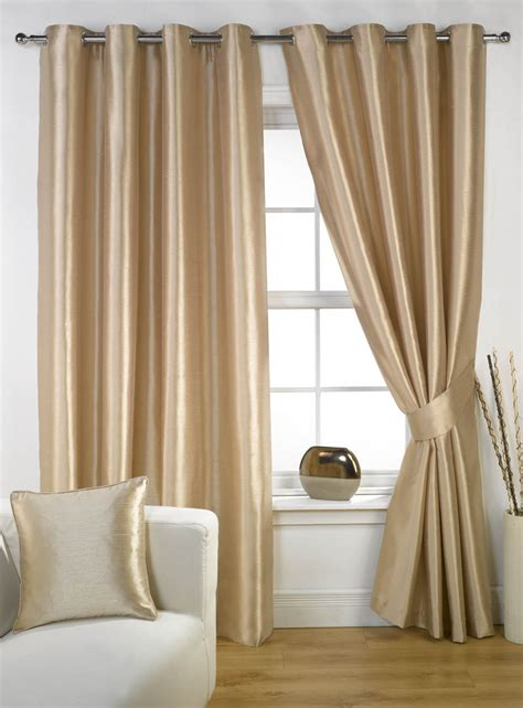 Curtains On A Window Window Curtain Ideas Beautiful