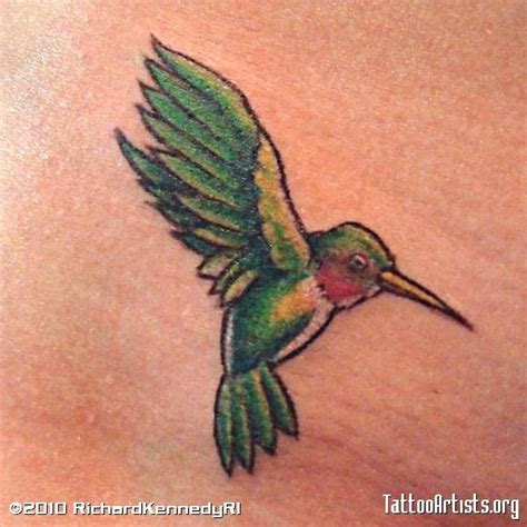 small hummingbird tattoos tiny hummingbird tattoos with wings